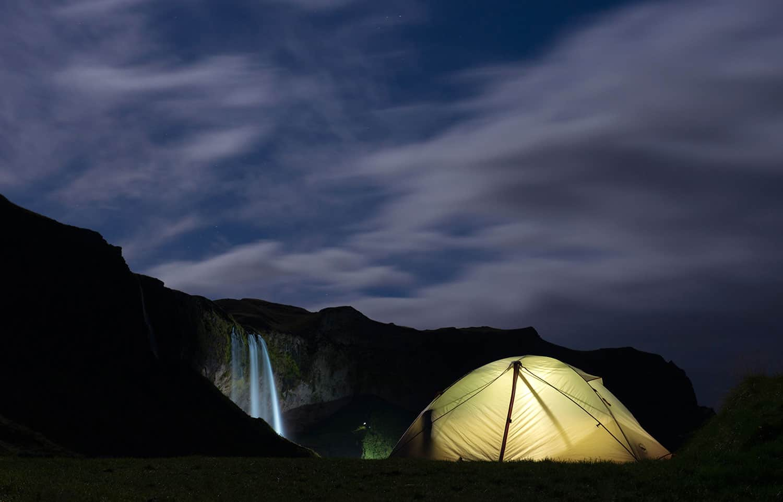 camping-in-Seljalandsfoss